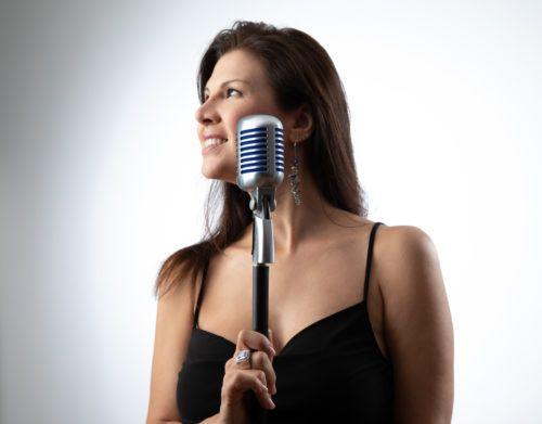 Elena Ley